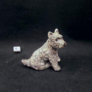 perro fox terrier de cerámica raku