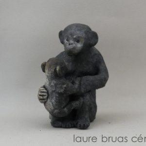 maman singe et son petit en raku